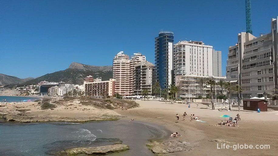 Востояная часть пляжа Ареналь-Бол, Кальпе
