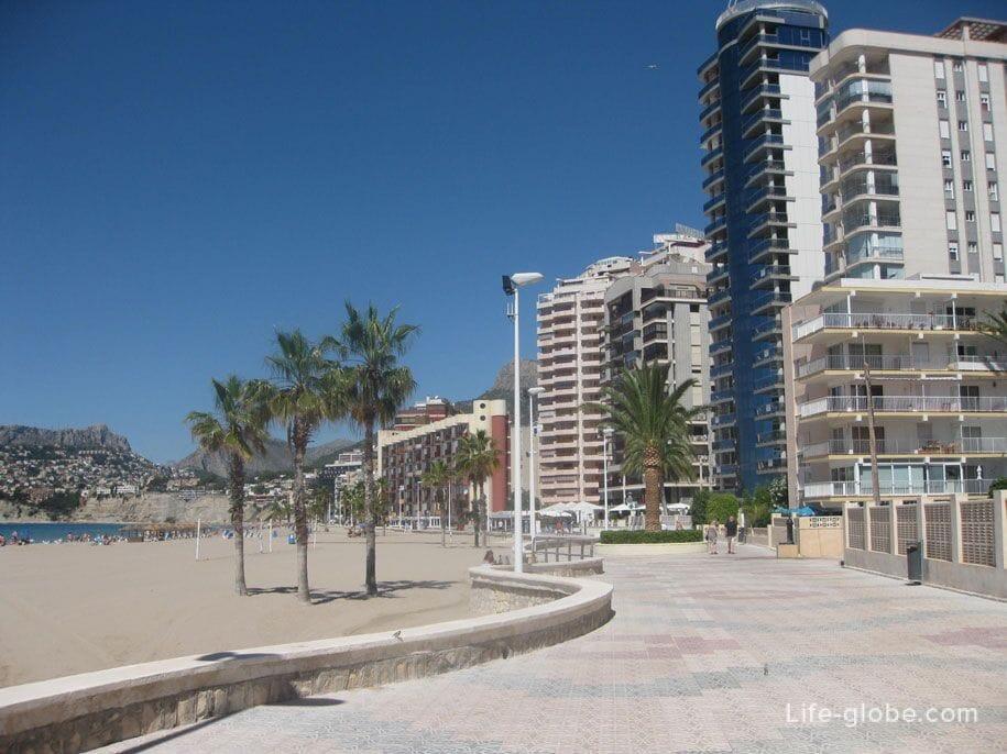 Набережная пляжа Ареналь, Кальпе, Испания