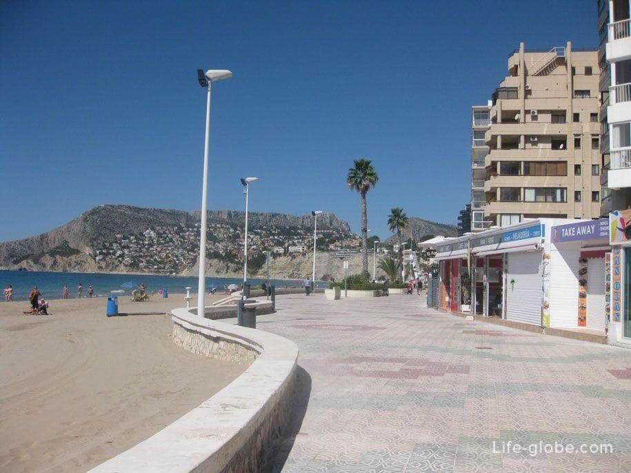 Набережная пляжа Ареналь, Кальпе