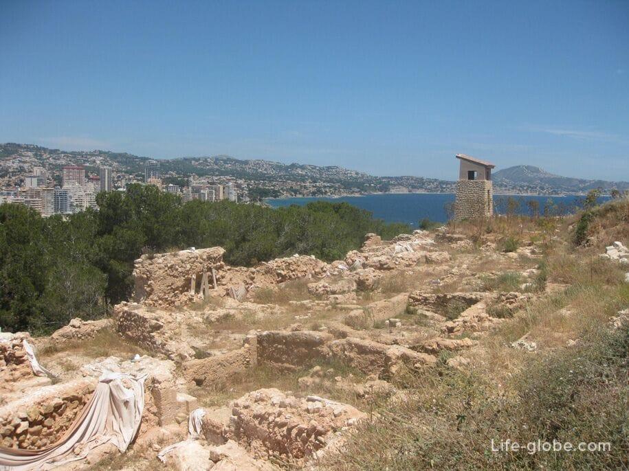 Исторический памятник Pobla de Ifac, скала Ифач