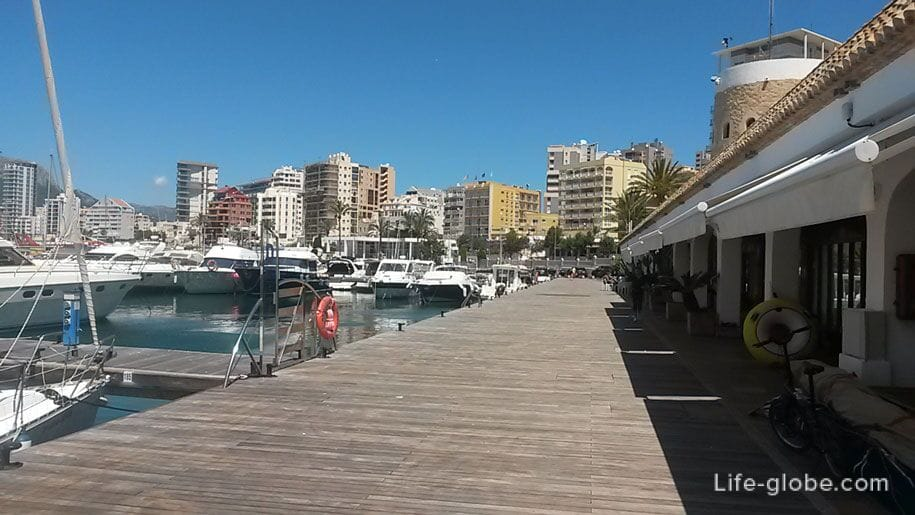 Морской порт и ресторан яхт-клуба Reial Club Nautic, Кальп