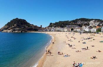 Пляж Гран в Тосса-де-Мар (Playa Gran) - центральный пляж города