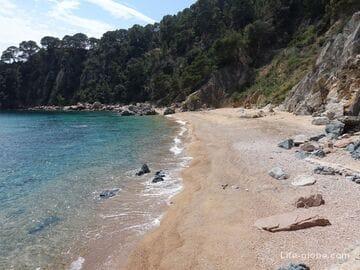 Пляж де Порто Пи, Тосса-де-Мар (Playa de Porto Pi)