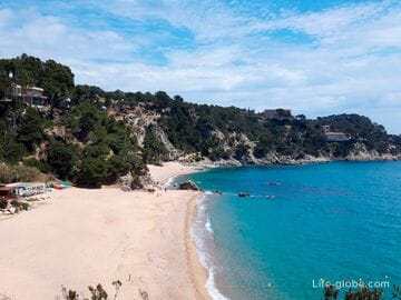 Beaches Llorell, Tossa de Mar (Playas de Llorell)