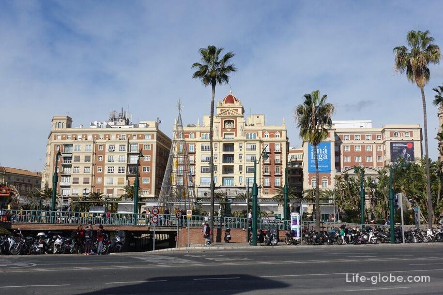 Морская площадь (Plaza de la Marina), Малага