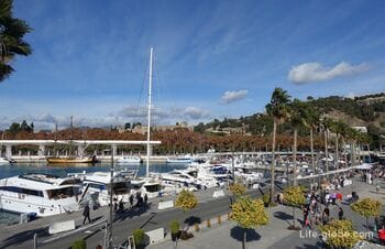 Main port and promenade in Malaga (Puerto Malaga)
