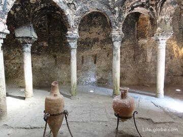 Арабские бани, Пальма-де-Майорка (Banys Arabs de Palma)