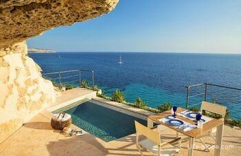5-звездочный отель Cap Rocat на Майорке - один из лучших и уединенных на острове