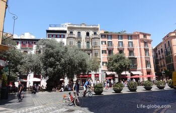 Площадь Корт, Пальма-де-Майорка (Placa de Cort)