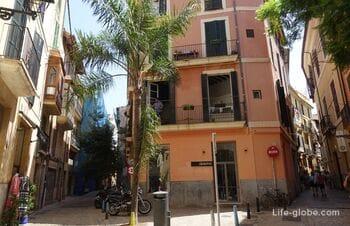 Старый город Пальма-де-Майорка - исторический и туристический центр