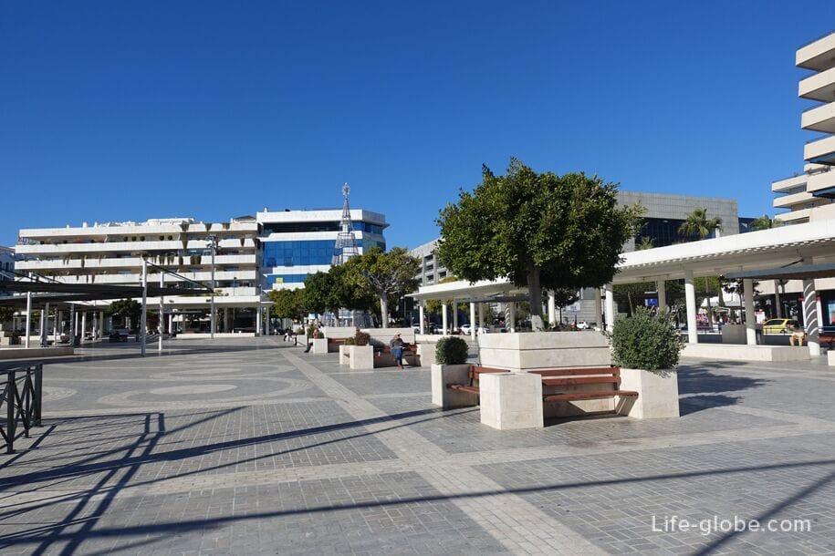 Plaza Antonio Banderas, Пуэрто Банус, Марбелья