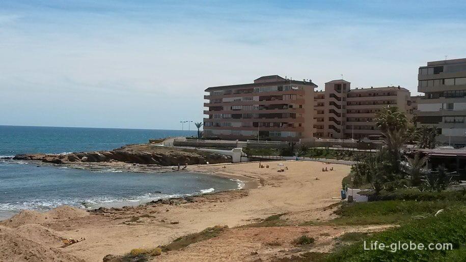 Пляж Кабо Сервера, Торревьеха