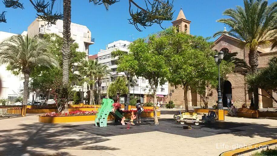 Площадь Плаза-де-ла-Конститусьон, Торревьеха