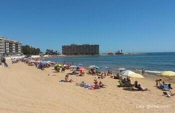 Пляж Лос Локос (Playa de Los Locos) в Торревьехе
