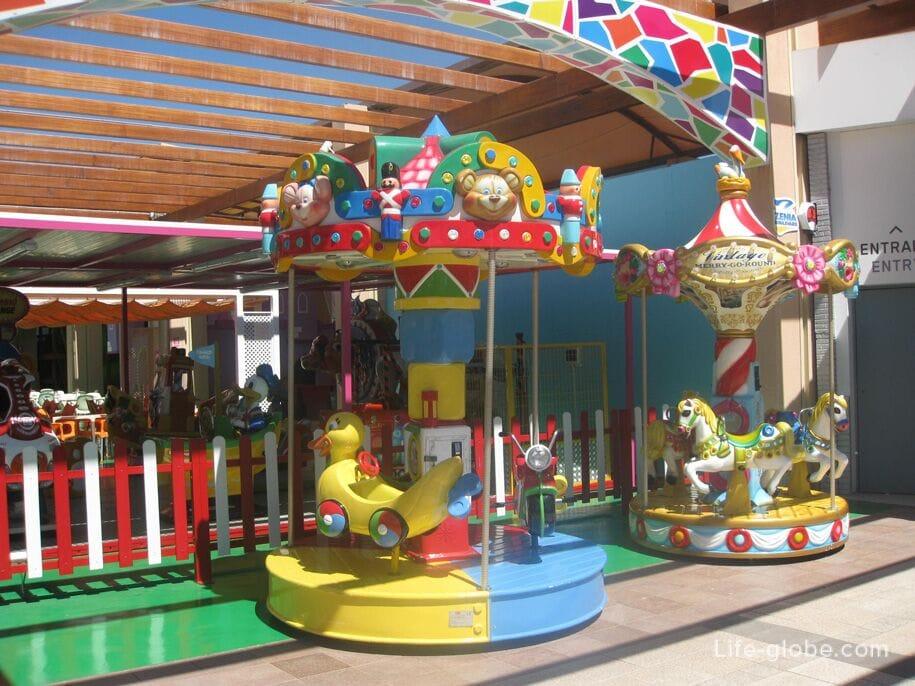 Детская зона La Zenia Boulevard