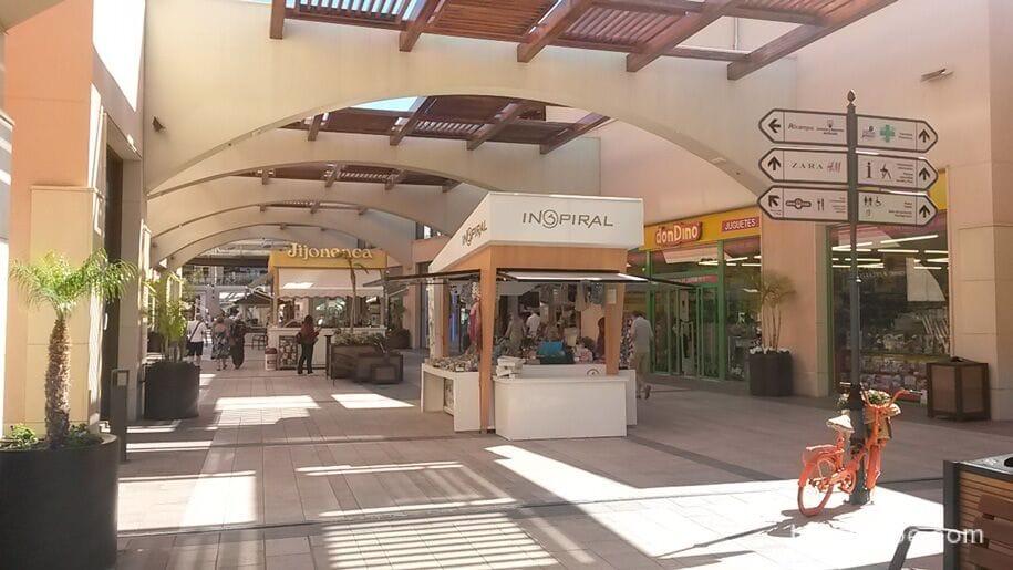 Магазины La Zenia Boulevard
