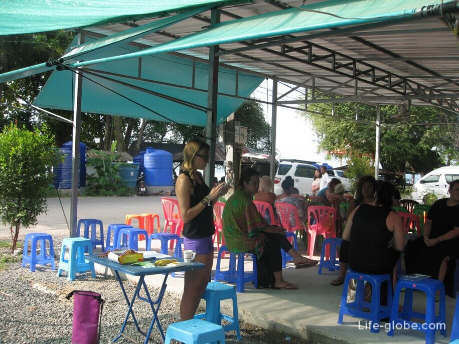 Excursion to the islands of Phi Phi, gathering place - Phuket pier