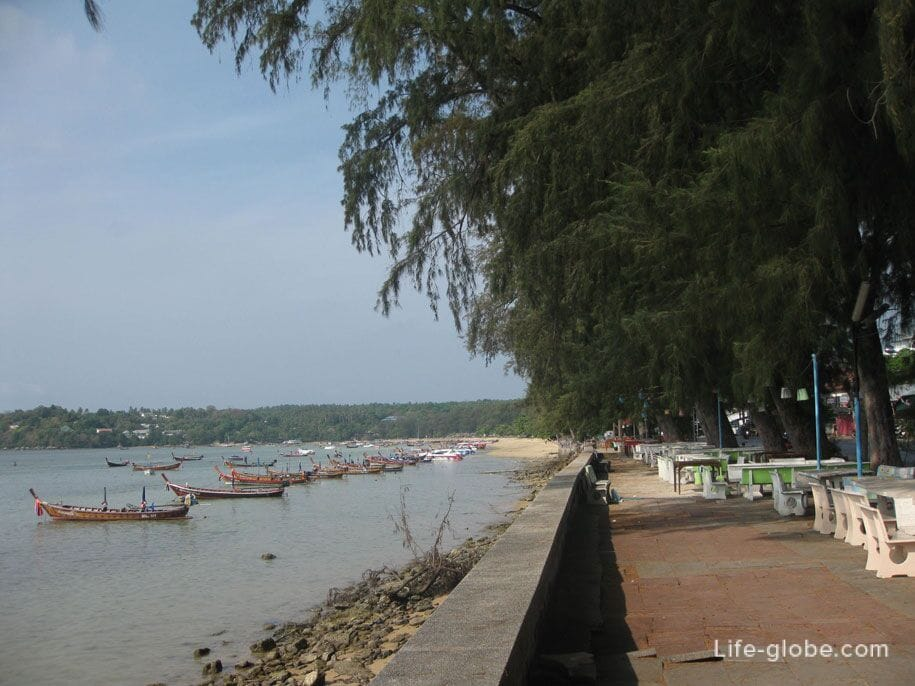 Cafe along Rawai Beach