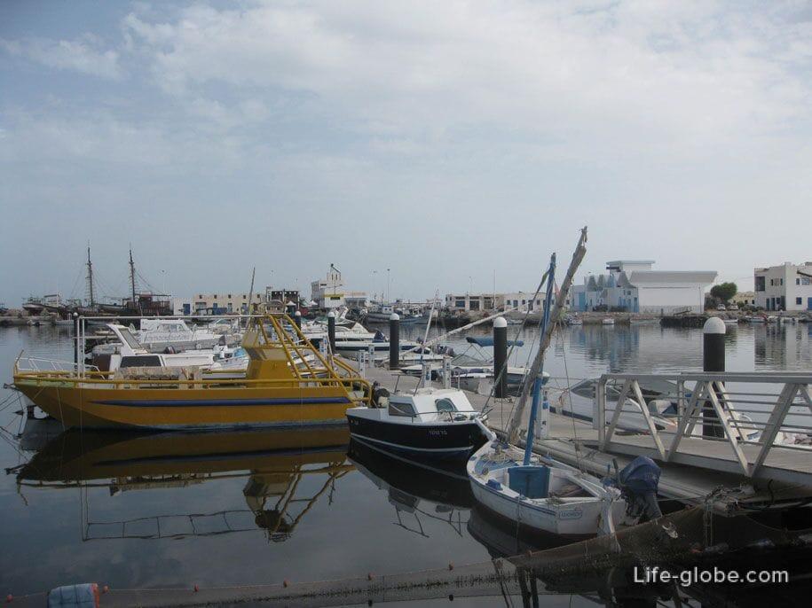 Морской порт, Хумт-Сук, остров Джерба