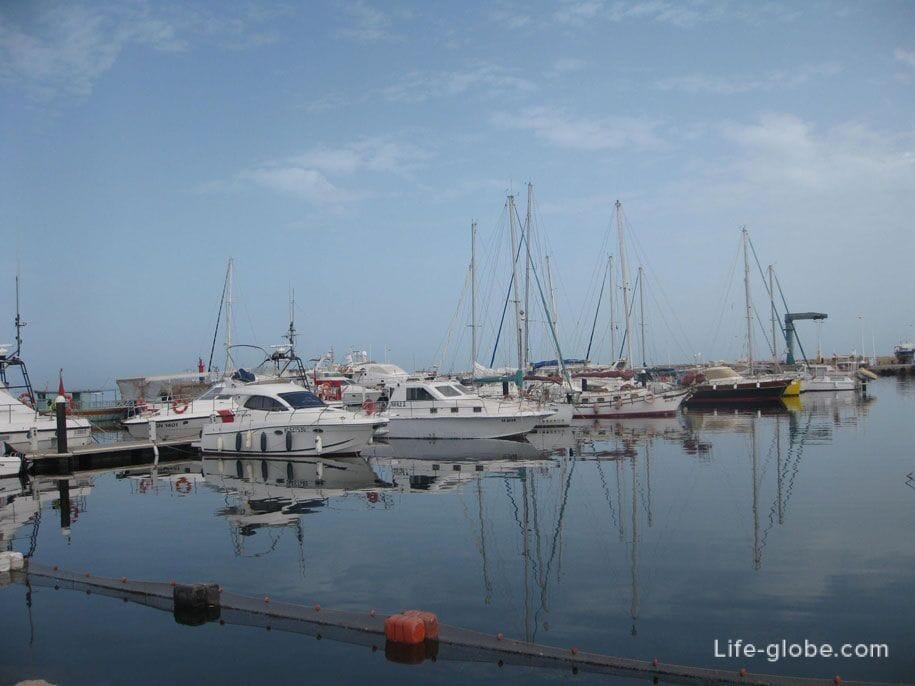 Морской порт, Хумт-Сук