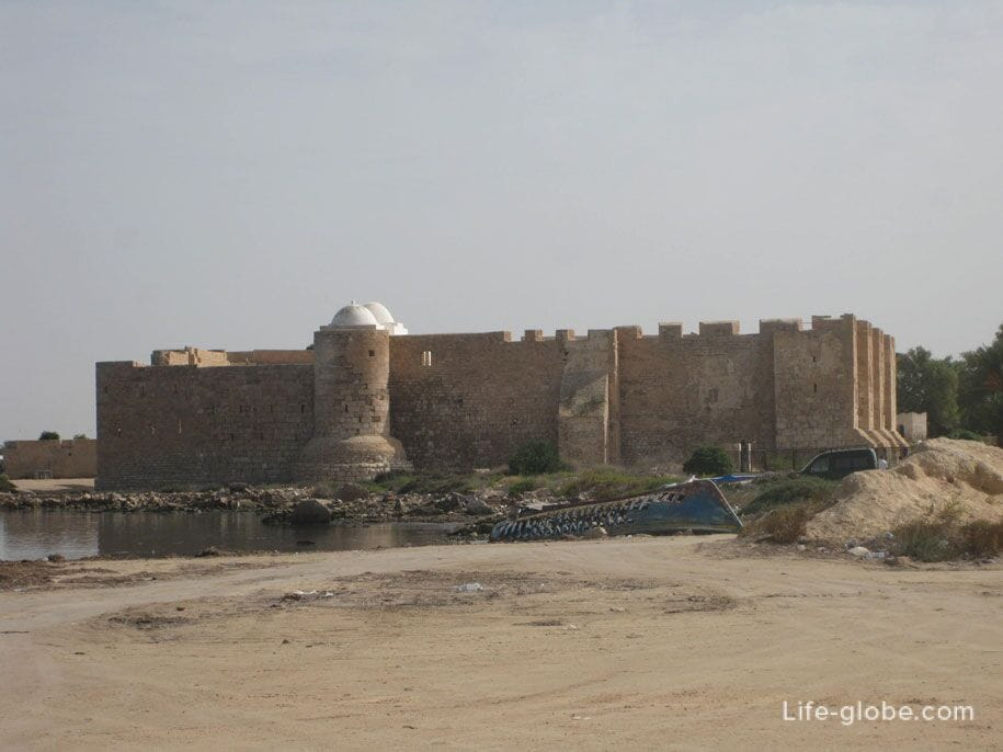 Форт Бордж-эль-Кебир, Хумт-Сук