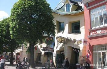 Кривой (танцующий) дом в Сопоте (Krzywy Domek)