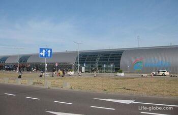Как добраться из центра Варшавы до аэропорта Модлин