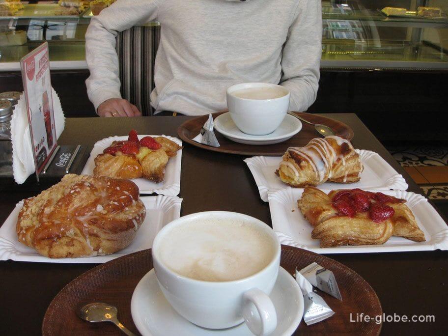 breakfast in a bakery in Gdansk