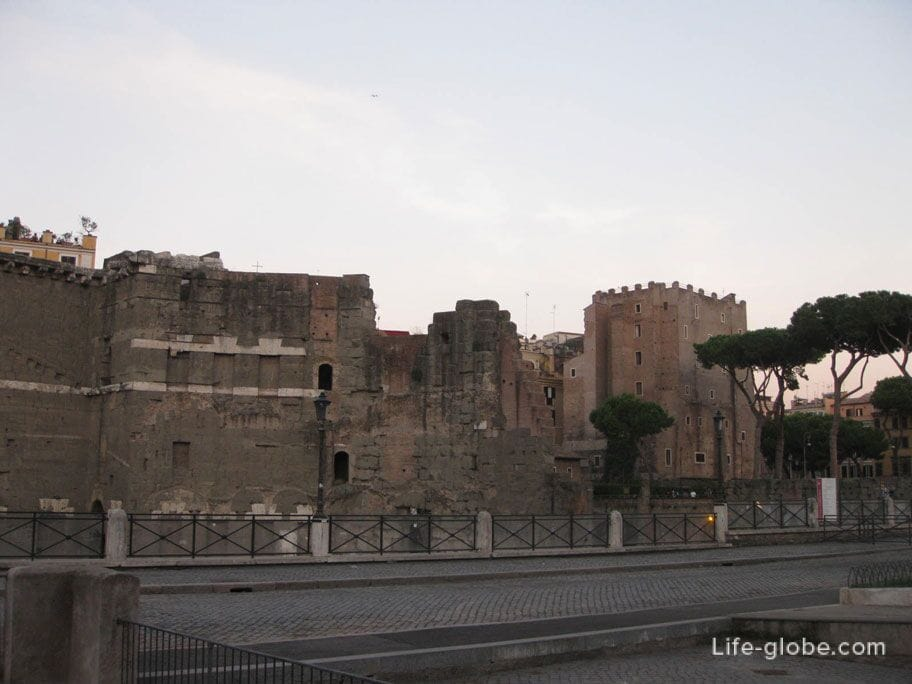 ruins of the forum of Trajan