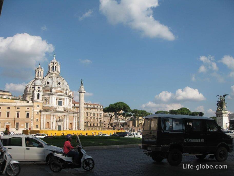 churches in Venice square in Rome