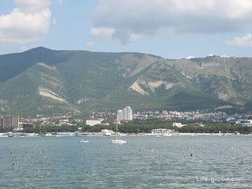 Геленджик: пляжи, море, инфраструктура, климат, жилье, цены, фото и прочее