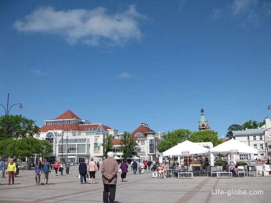 restaurant on the central square