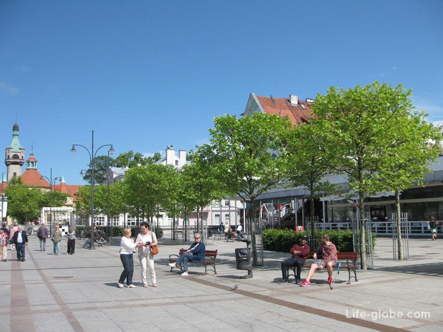 sights of Sopot - the central square of the city