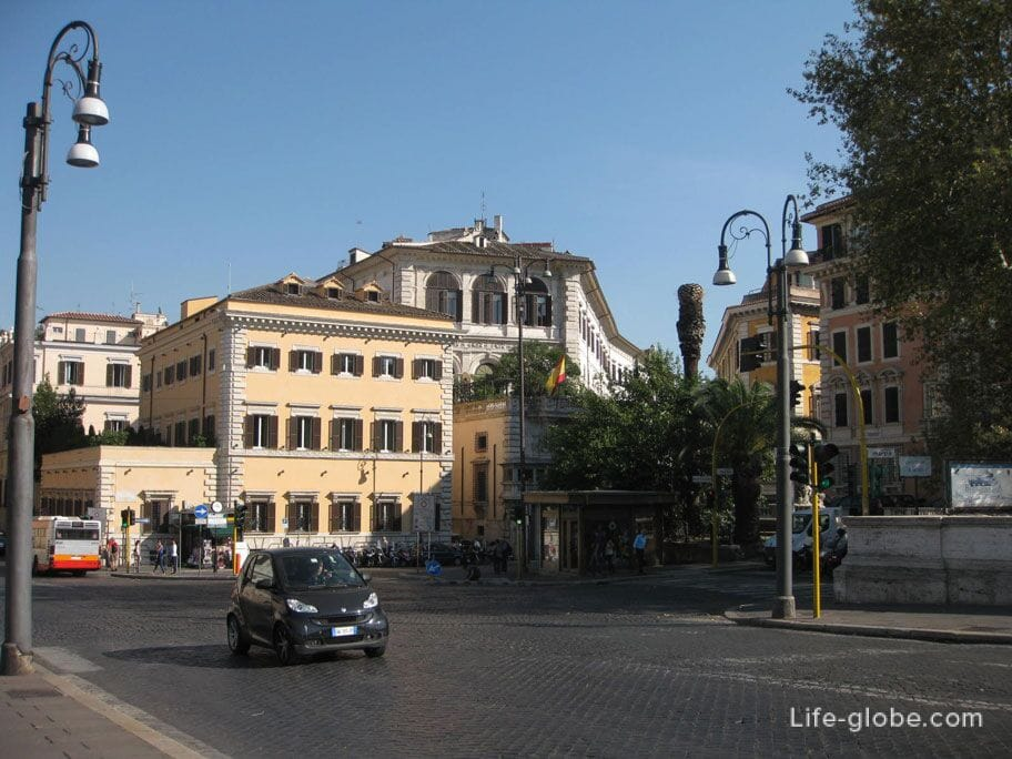 автомобили на улицах Рима