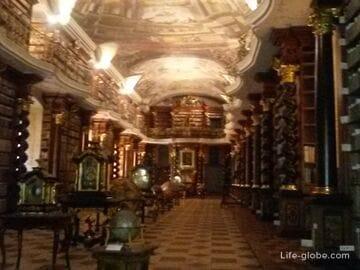 Клементинум - самая красивая библиотека в мире и Прага с высоты птичьего полета