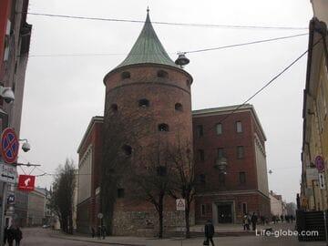 Пороховая башня, военный музей Латвии в Риге