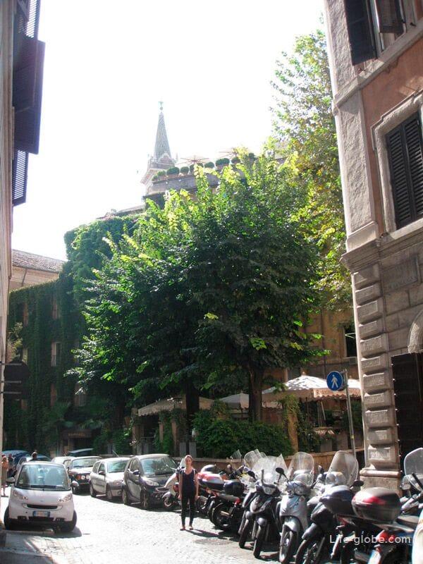 архитектура района Трастевере в Риме