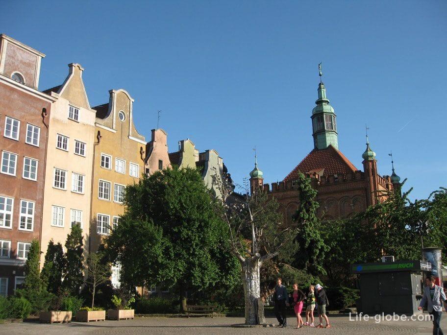millennium Monument - the Tree of Goals Gdansk