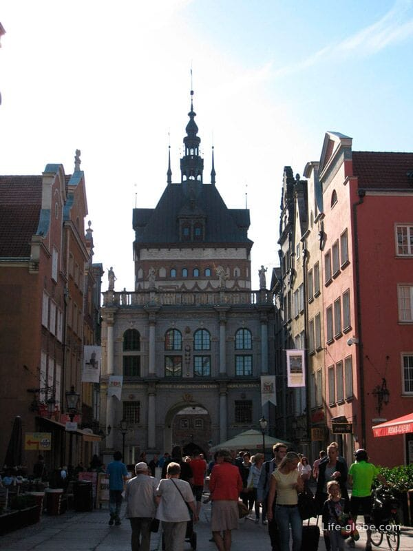 The main gate of the old town in Gdansk