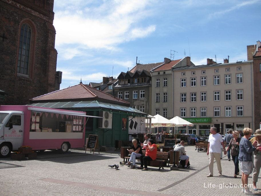 squares of the old city of Gdansk