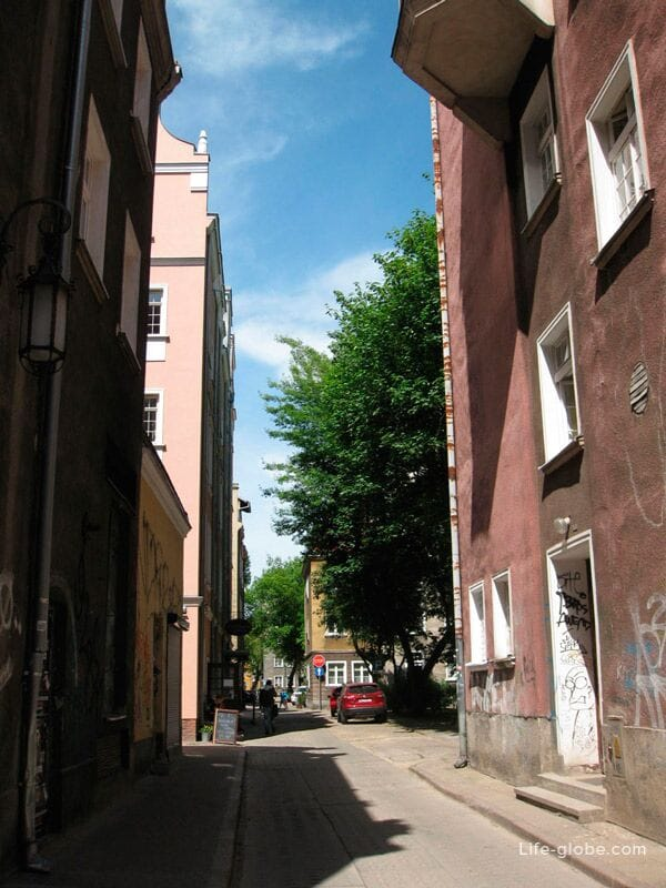 side streets of the old town of Gdansk