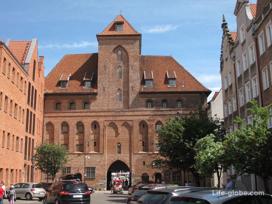 Zhurava Water Gate Gdansk