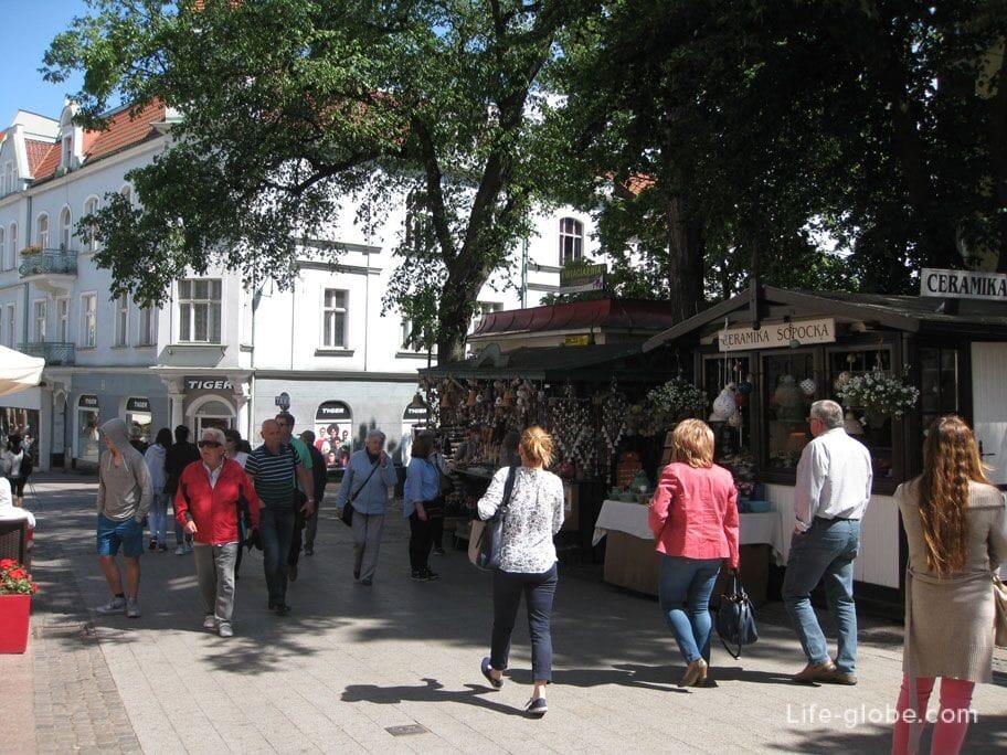 souvenir shops on Montiak Sopot street