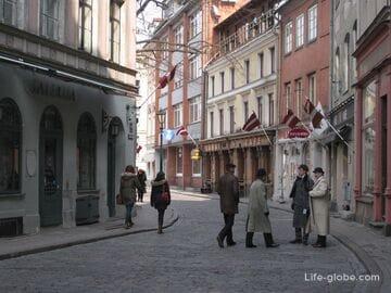 Шерлок Холмс в Риге - улица Яуниела