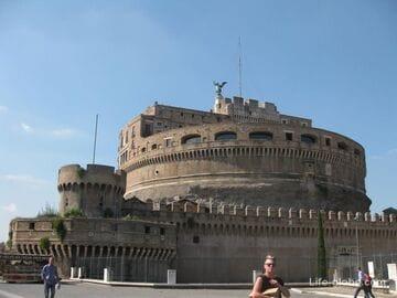 Замок Святого Ангела (Сант-Анджело) в Риме
