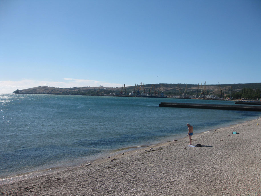 Море в Феодосии