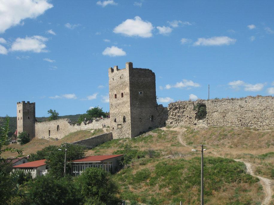 Генуэзская крепость в Феодосии, Крым
