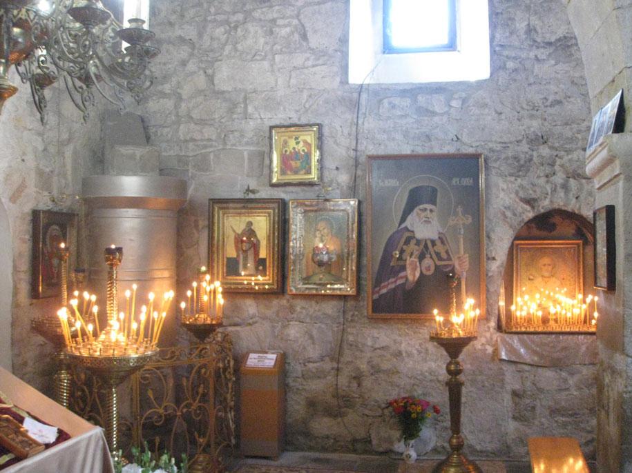 Достопримечательности Крыма - Храм, Старый город в Феодосии