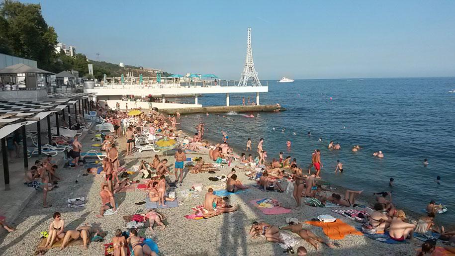 Достопримечательности Крыма - Массандровский пляж в Ялте