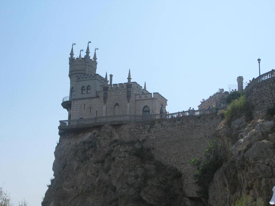 Достопримечательности Крыма - Дворец-замок Ласточкино гнездо